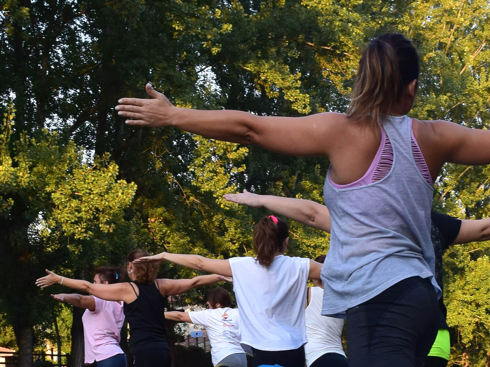 yoga and pilates in the park